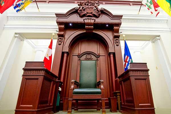 030713LAO_Interior-Legislature066