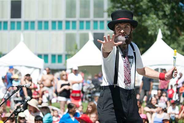 070214LAO_Canada-Day-Top-Photos_44